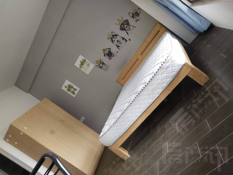 进学 区外滩精装一室一厅 随时看房 拎包入住!